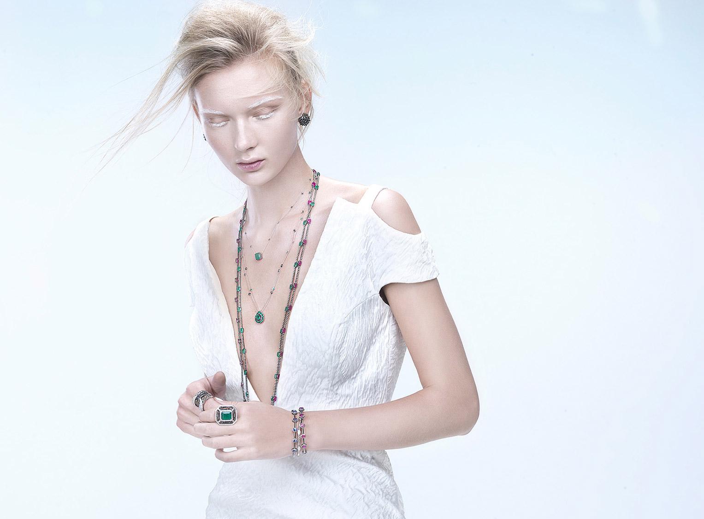Yana Trufanova by Marcio Rodrigues / Rosalia Nazareth Joias 2016 collection Iceland