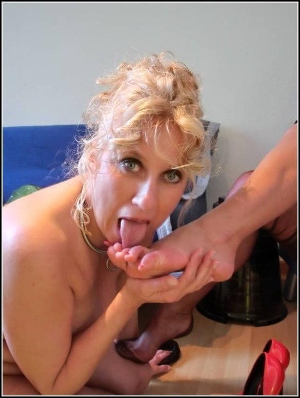 Foot slave lesbian-7055