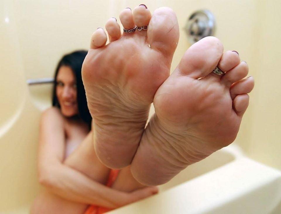 Mature foot fetish pics-7354