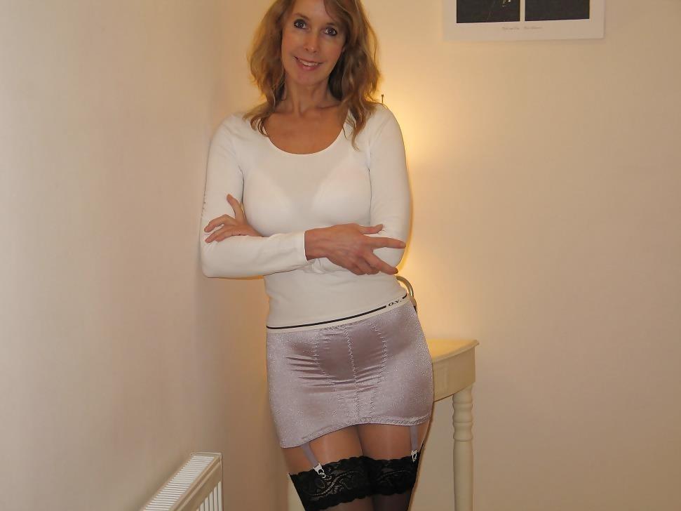 Mature women in girdles pics-3116