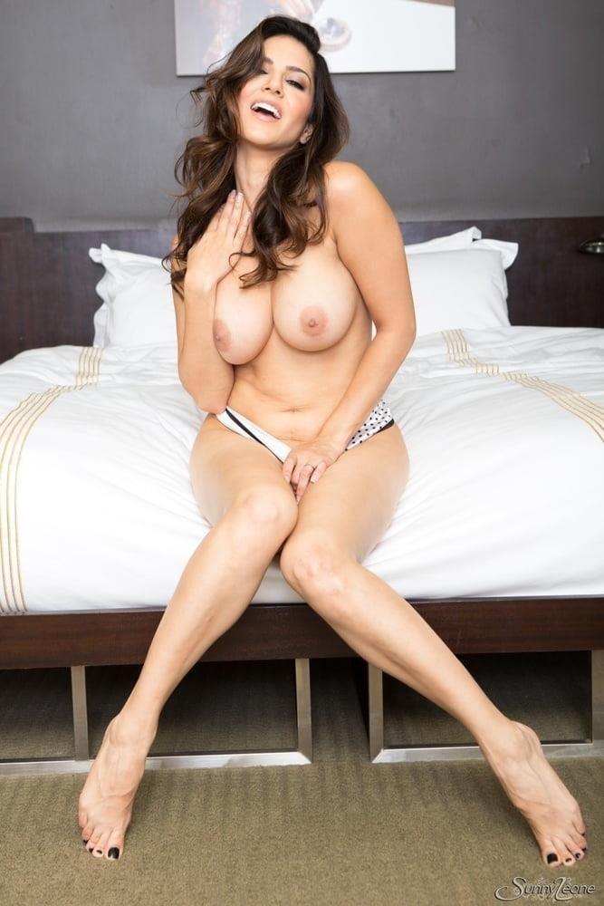 Sunny leone nude selfie-6393