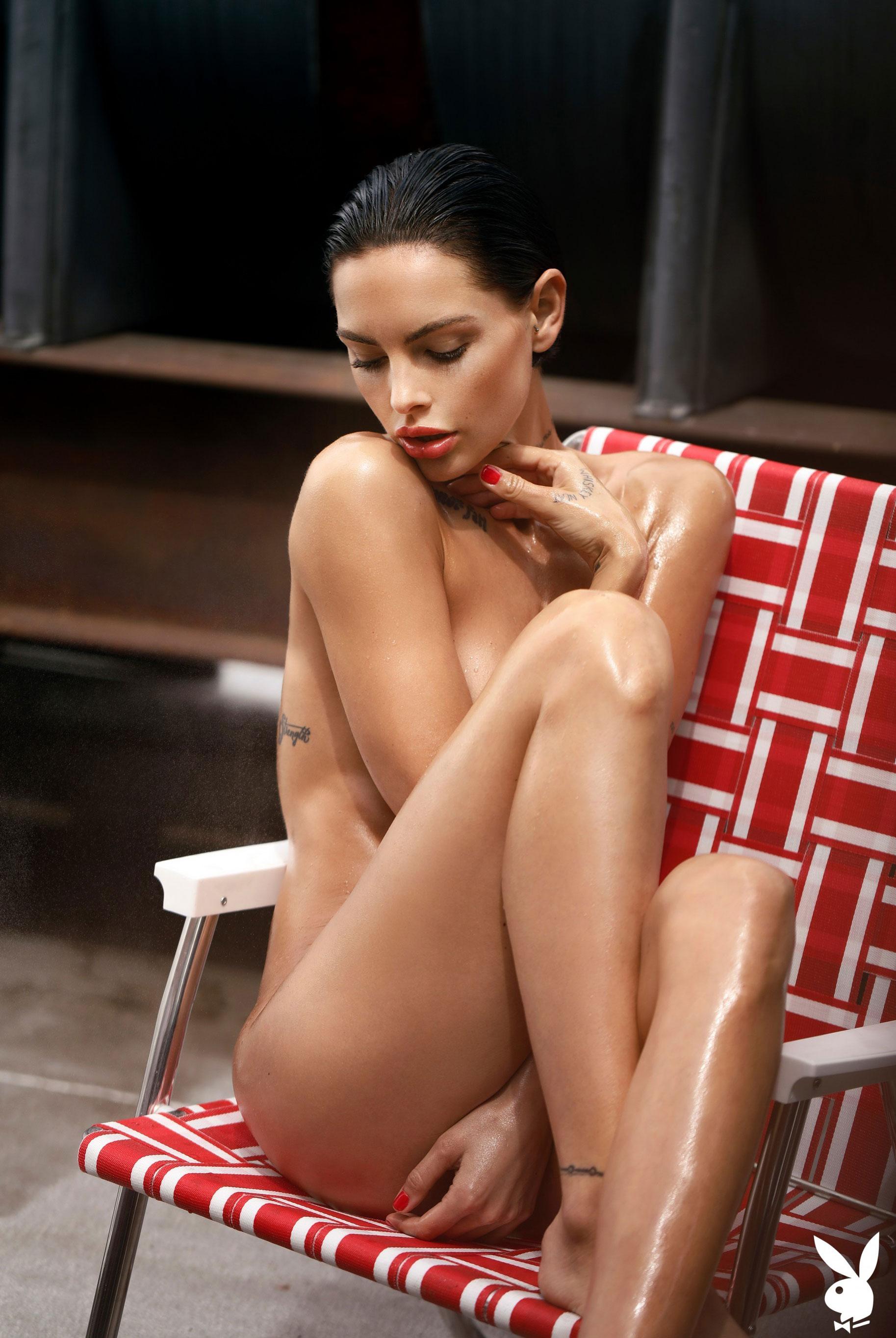 Мисс Июль 2019 американского Playboy Тила ЛаРу / фото 25