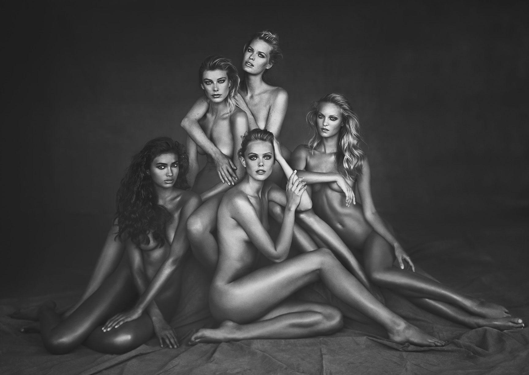 подборка фотографий сексуальных голых девушек - Kelly Gale, Frida Gustavsson, Caroline Winberg, Theres Alexandersson, Madelene de la Motte
