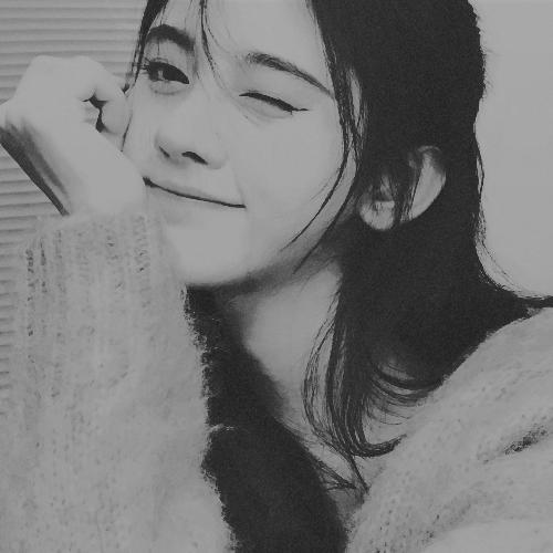 Youngjae & Nana - Page 2 DP4aJW8A_o