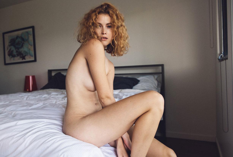 голая Хейди Романова в эротической фотосессии Влада Нери / фото 01