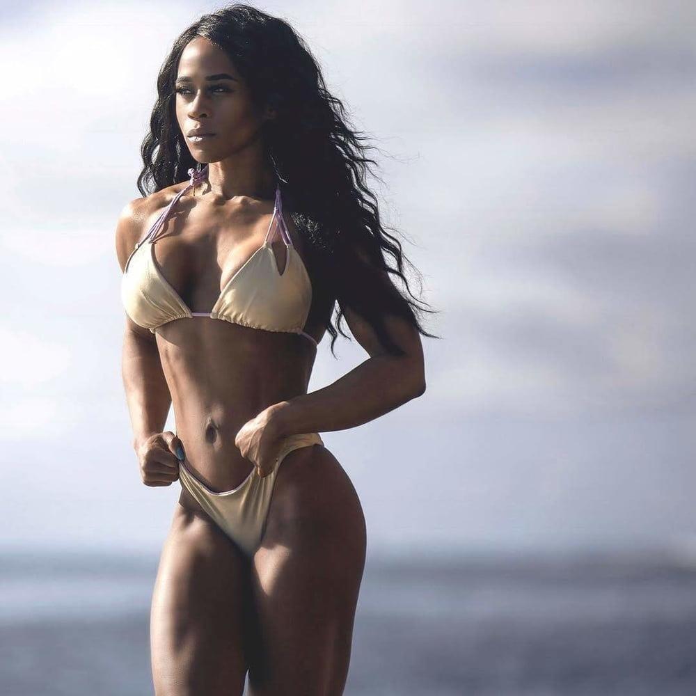 Muscle female bdsm-3782