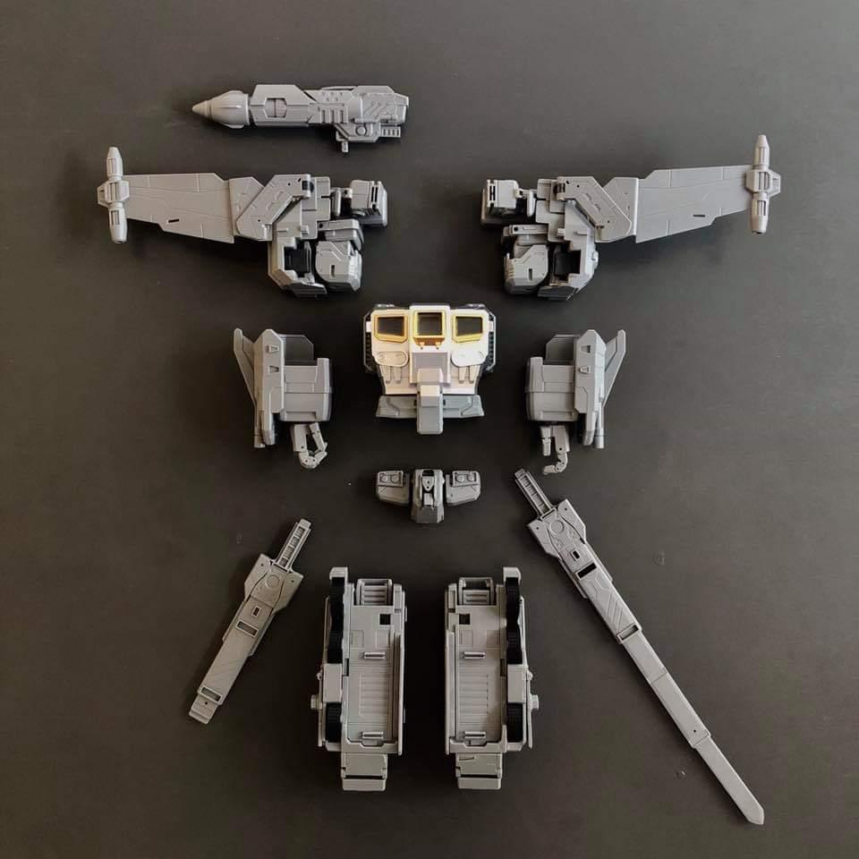 [FansHobby] Produit Tiers - MB-06 Power Baser (aka Powermaster Optimus) + MB-11 God Armour (aka Godbomber) - TF Masterforce - Page 4 SM12JFZ1_o