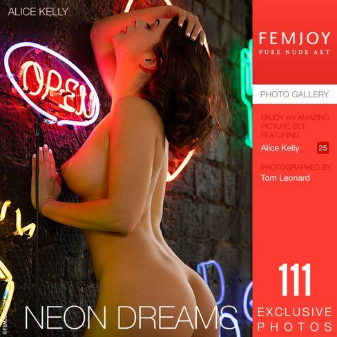[Femjoy.com] 2021.10.24 Alice Kelly - Neon Dreams [Glamour] [5000x3334, 111 photos]