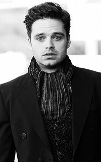 Sebastian Stan VsOHYY9i_o