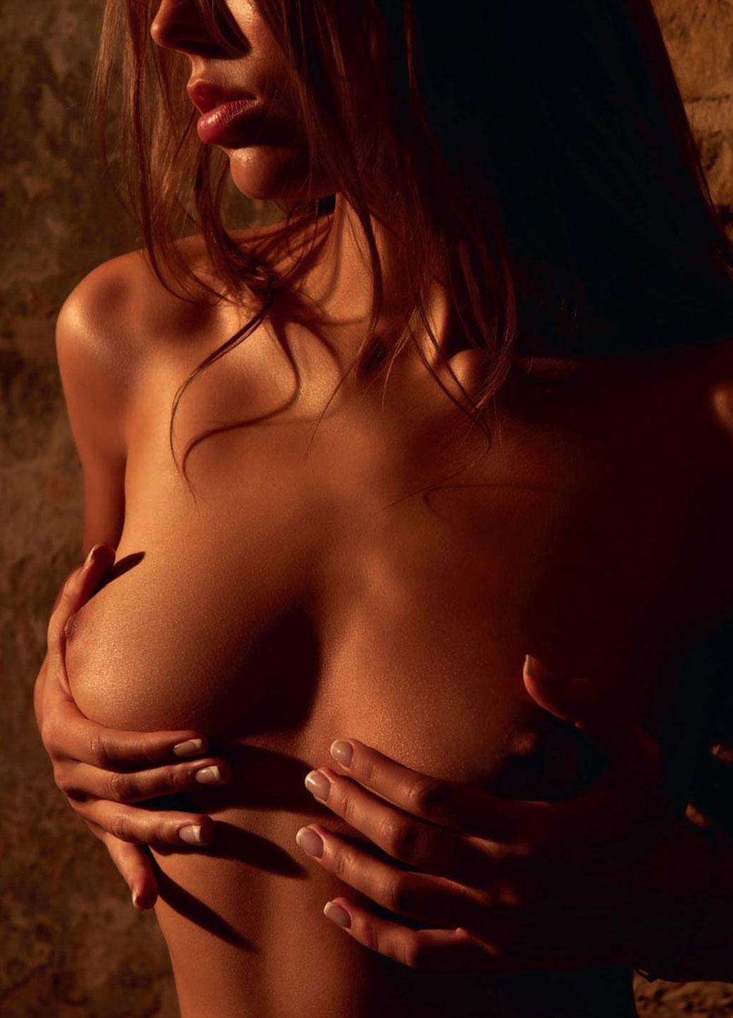 голая Адель Вакула - Девушка года Playboy Украина / фото 03