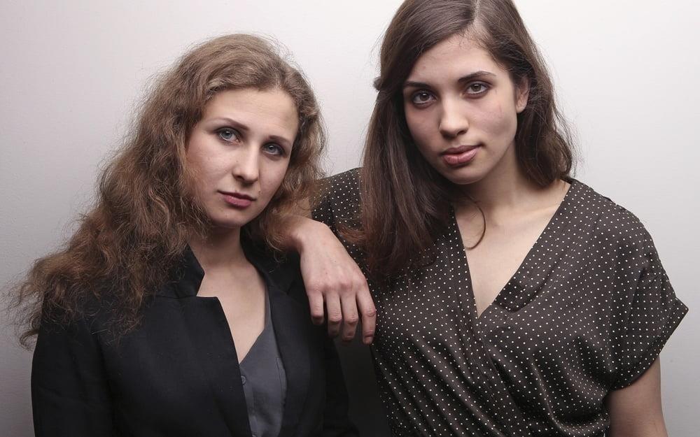 Hottest lesbian makeouts-7686