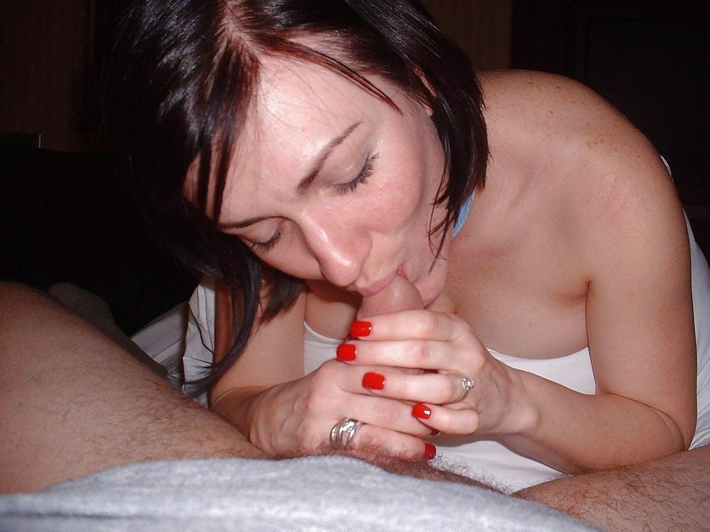 Pictures of girls sucking dicks-6612
