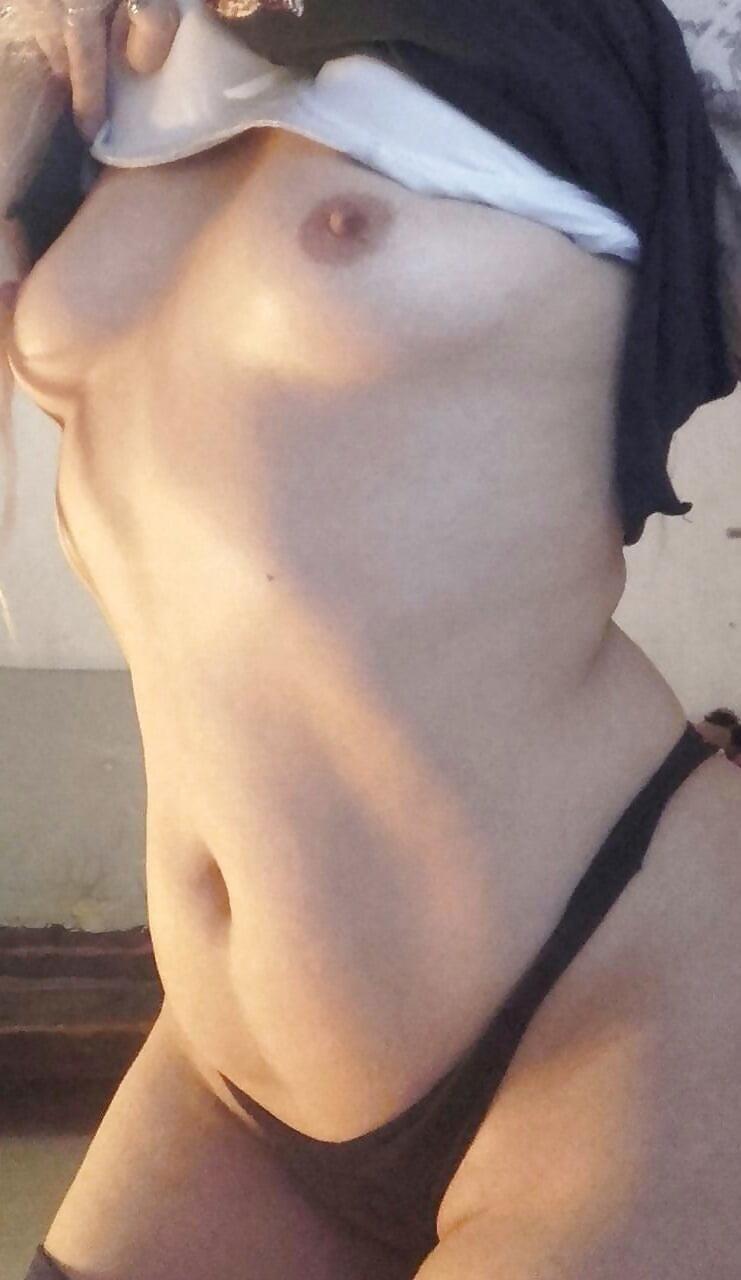 Hot mom in public-7898