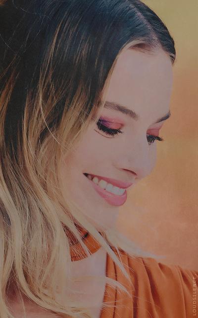 Sienna Levy