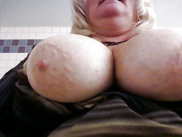Nude granny big boobs-6281