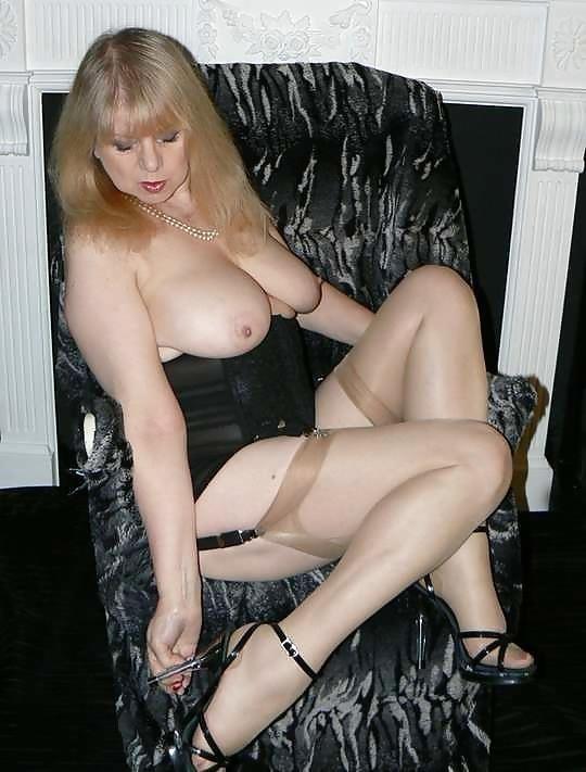 British mature porn models-1508