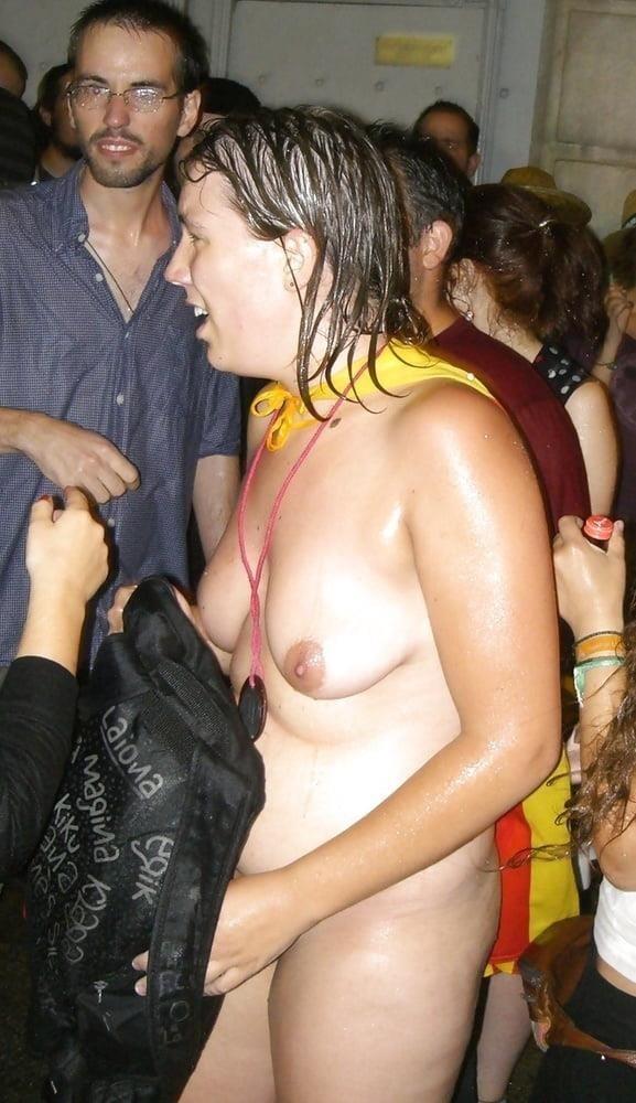 Women masterbating in public places-6653