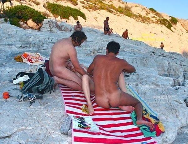 Amateur public threesome-2775
