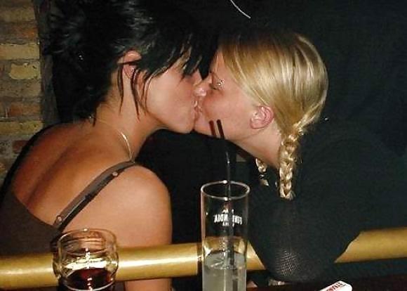 Lesbian hot kiss movie-7397