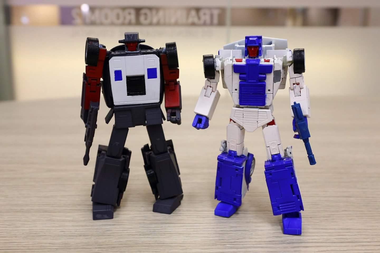 [X-Transbots] Produit Tiers - Jouets Berserkars forme Monolith (MX-XIII à MX-VII) - aka Stunticons forme Menasor/Menaseur S4rrfSEW_o