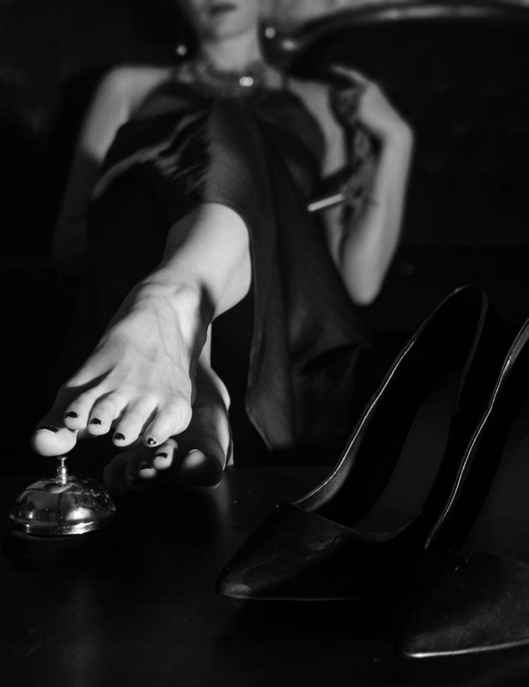 Mistress femdom facesitting-4682