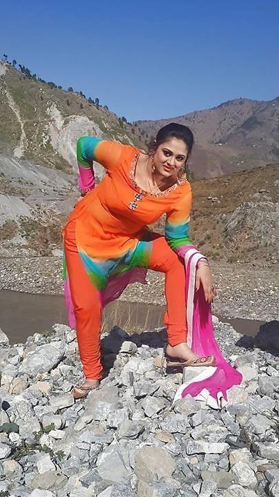 Pashto sexy boobs-8395