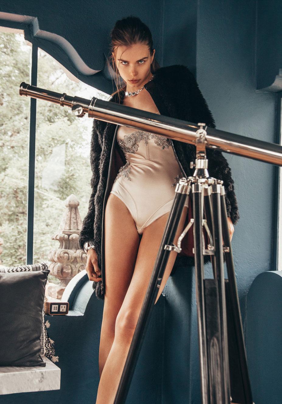 Анна Штольц тестирует модную одежду / фото 02