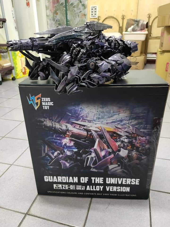 [Zeus Model] Produit Tiers - ZS-01 Guardian of the Universe - aka DOTM Shockwave OLAJtNhO_o