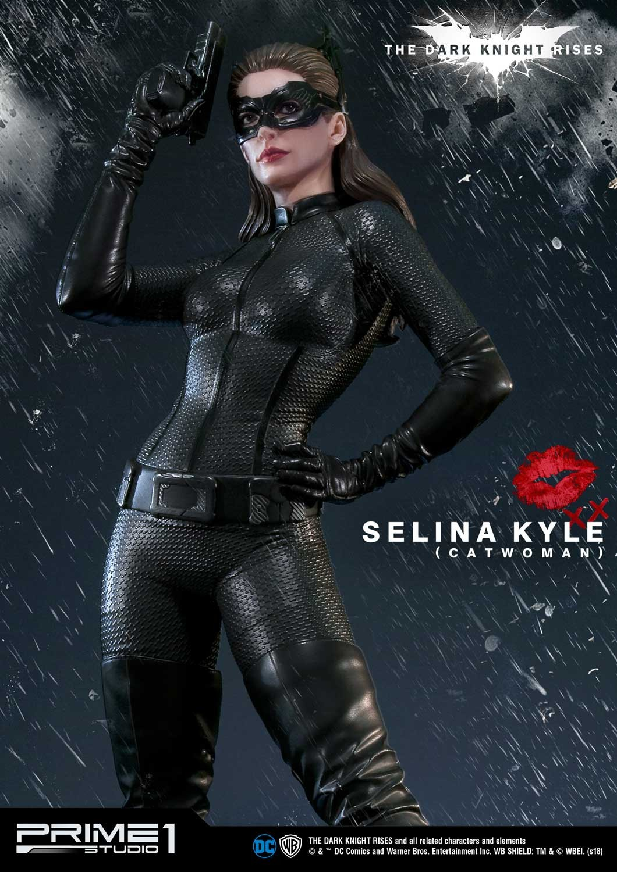 Catwoman (Selina Kyle) : Batman The Dark Knigh Rises (Prime 1 Studio) FB0KYEfF_o