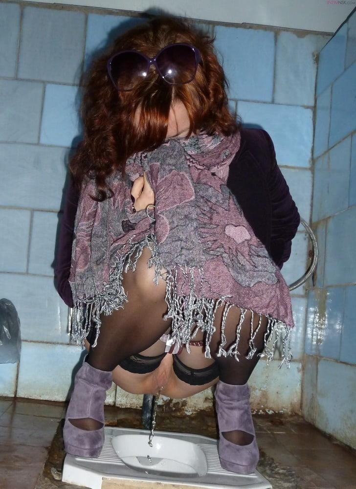 Public toilet fingering-7531