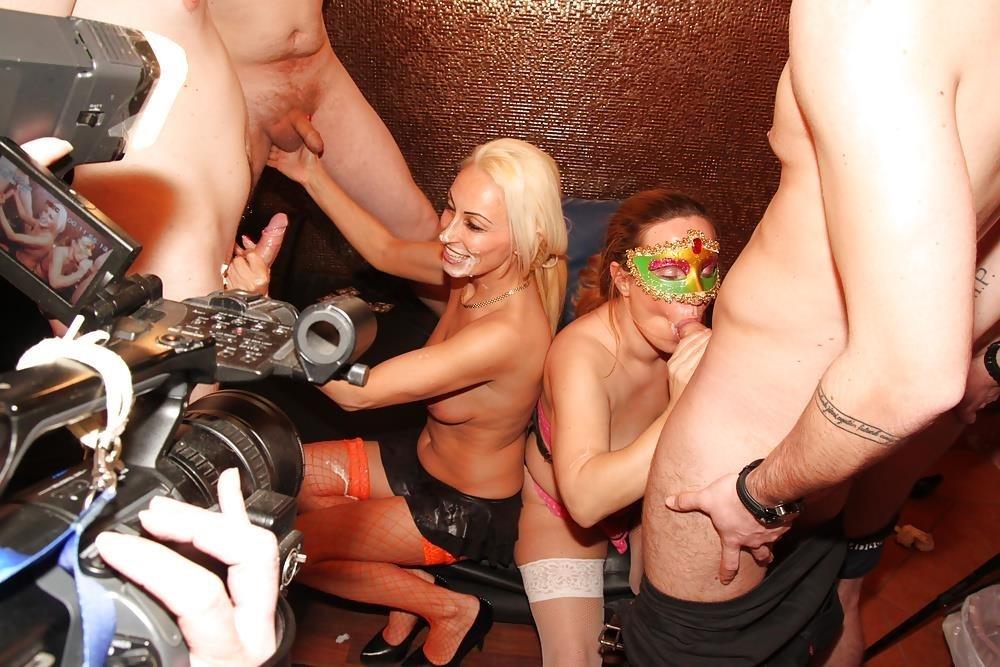 Gay porn amateur public-3699
