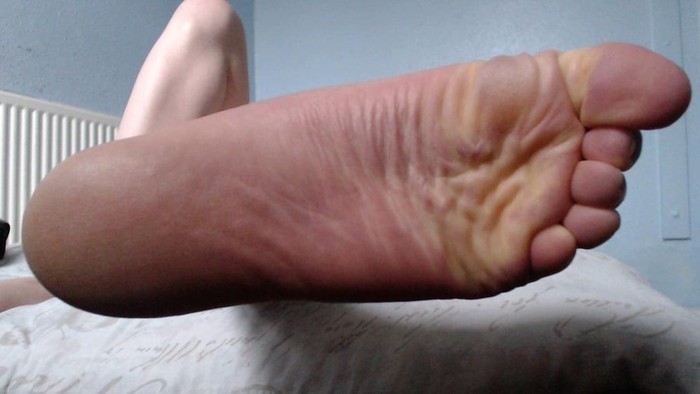 Male feet vids-2081