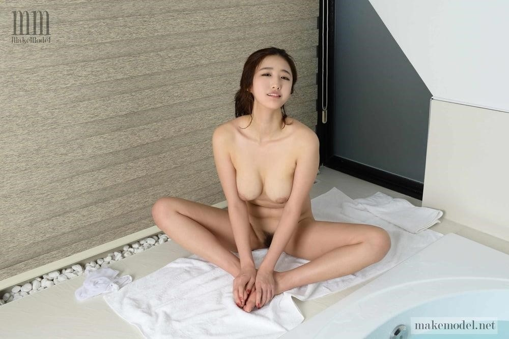 Korean men nude-2807