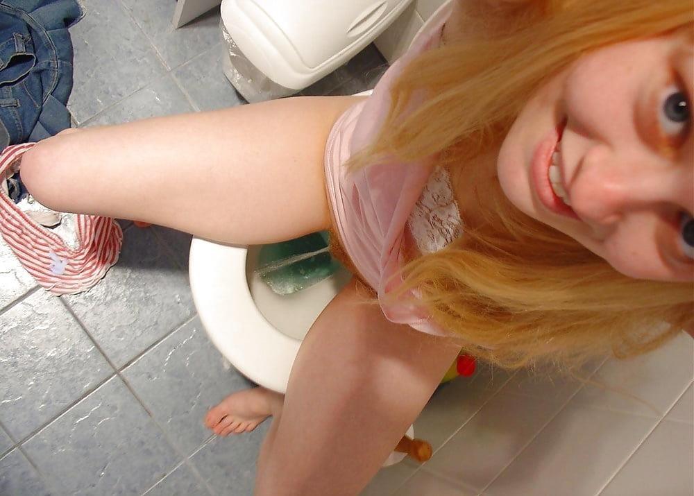 Men having sex in public toilets-1457