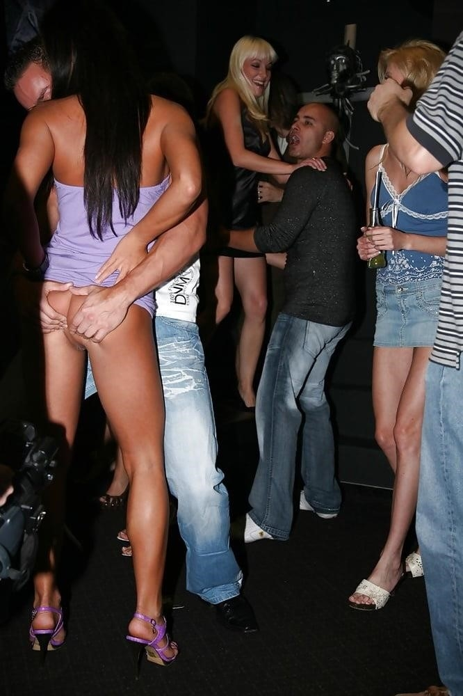 Huge orgy party-6308