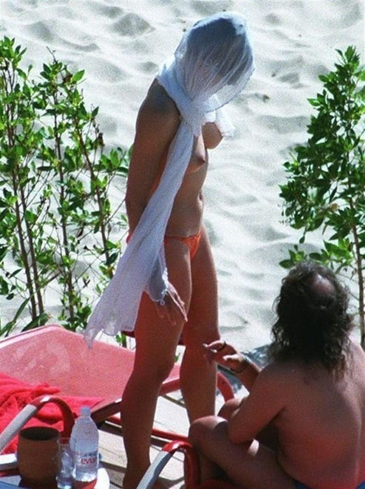 Elizabeth hurley nude pictures-3421