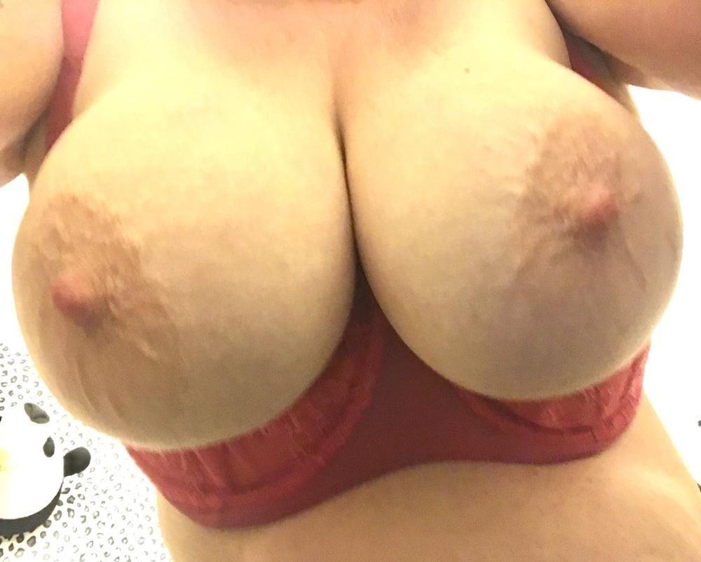Lesbian big tit pic-2281