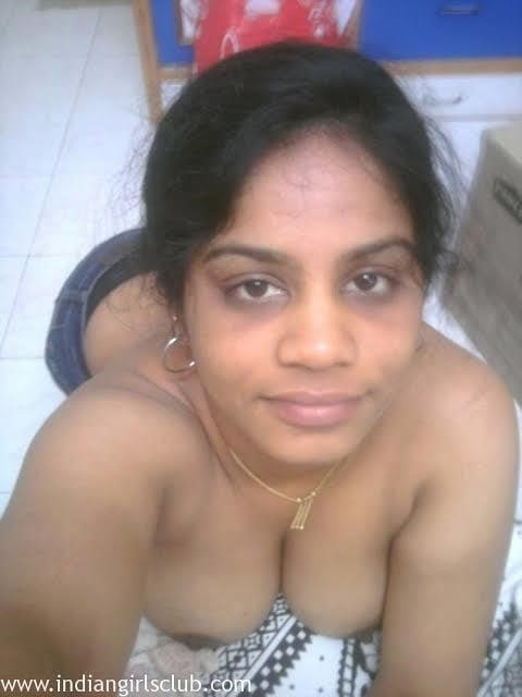 Chennai sexy college girl-1702