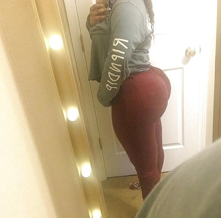 Thick black booty solo-2615