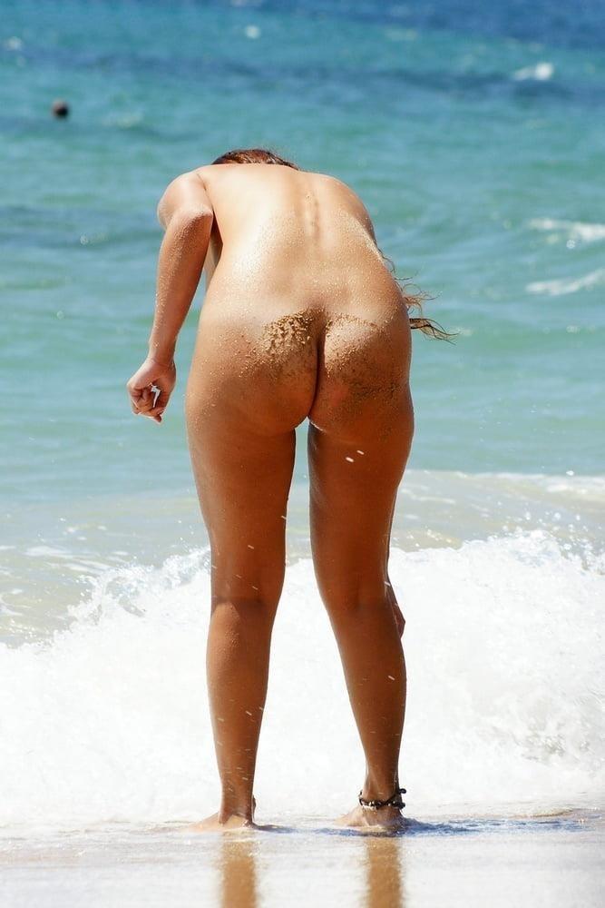 Nude beach bukkake-9615