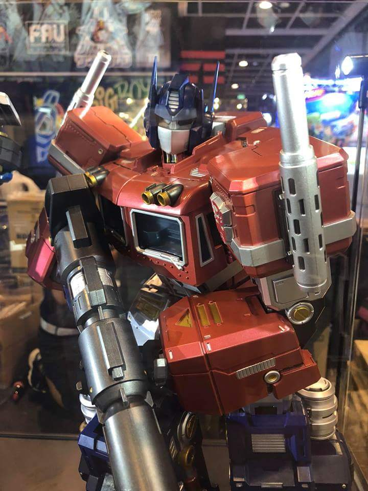 Figurines Transformers G1 (articulé, non transformable) ― Par 3A, Action Toys, Fewture, Toys Alliance, Sentinel, Kotobukiya, Kids Logic, Herocross, EX Gokin, etc - Page 6 VsiA1J01_o