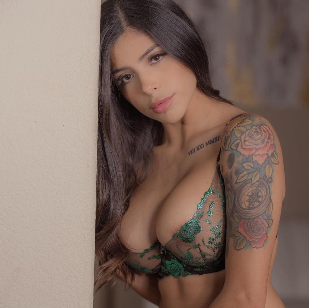 American big boobs nude-3729