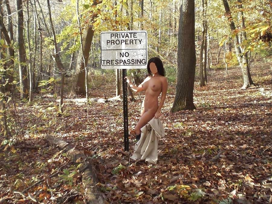Pictures of naked girls in public-8775