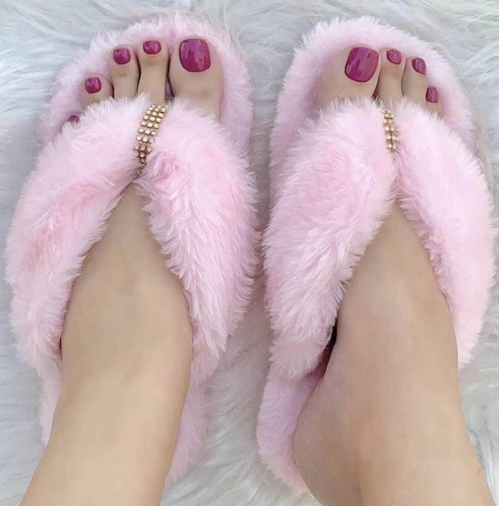 Brianna foot fetish-7889