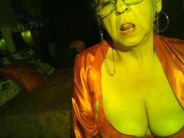 Chubby granny webcam-1124