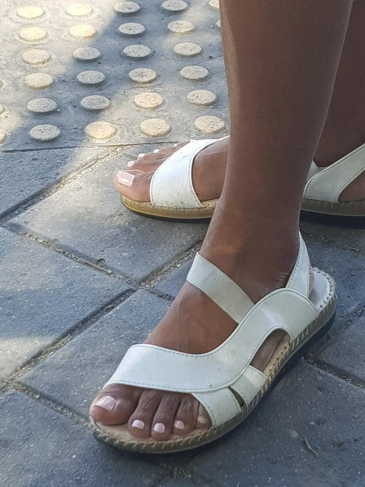 Black mom feet porn-4989