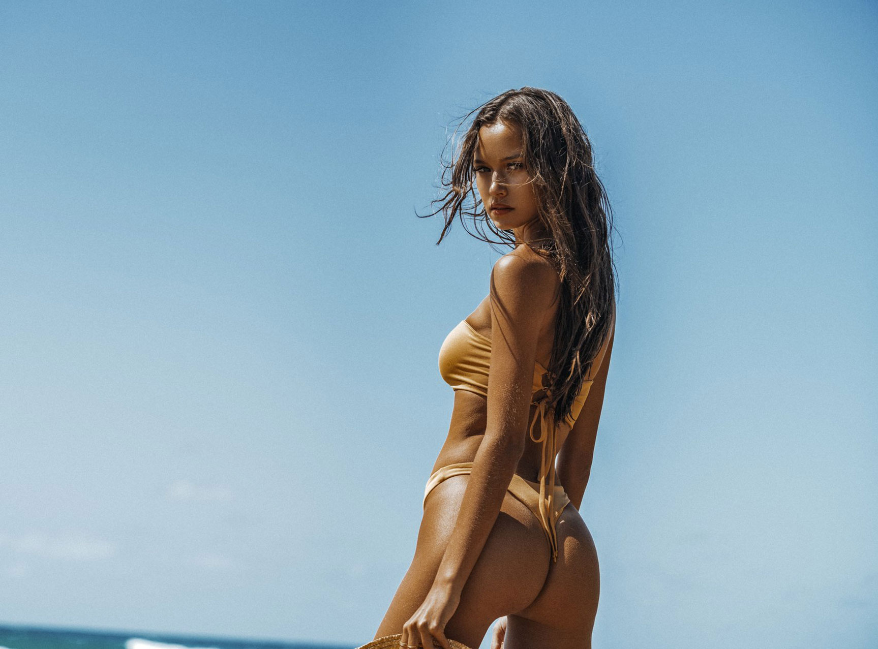 Isabelle Mathers by Kesler Tran / Gooseberry Cosy and Chic Swimwear 2018