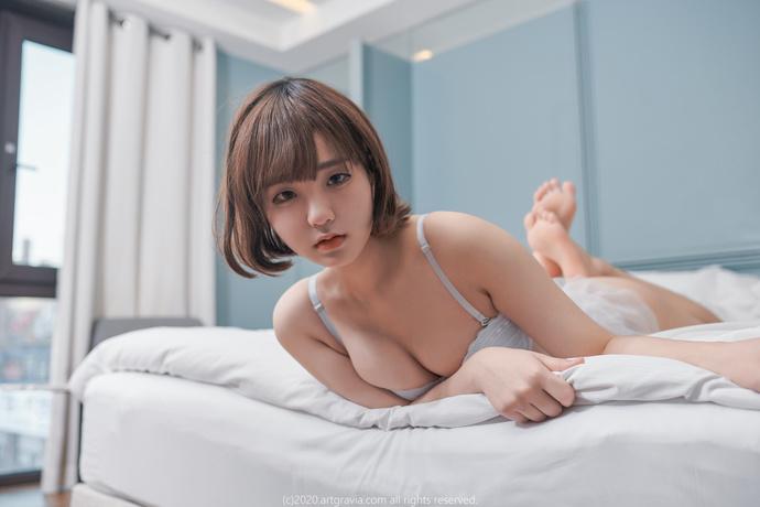 Jenny정제니(郑珍妮)-这个合租的小姐姐太豪放了