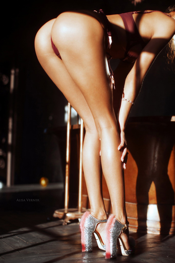 Svetlana Gembar nude by Alisa Verner / Светлана Гембар, фотограф Алиса Вернер