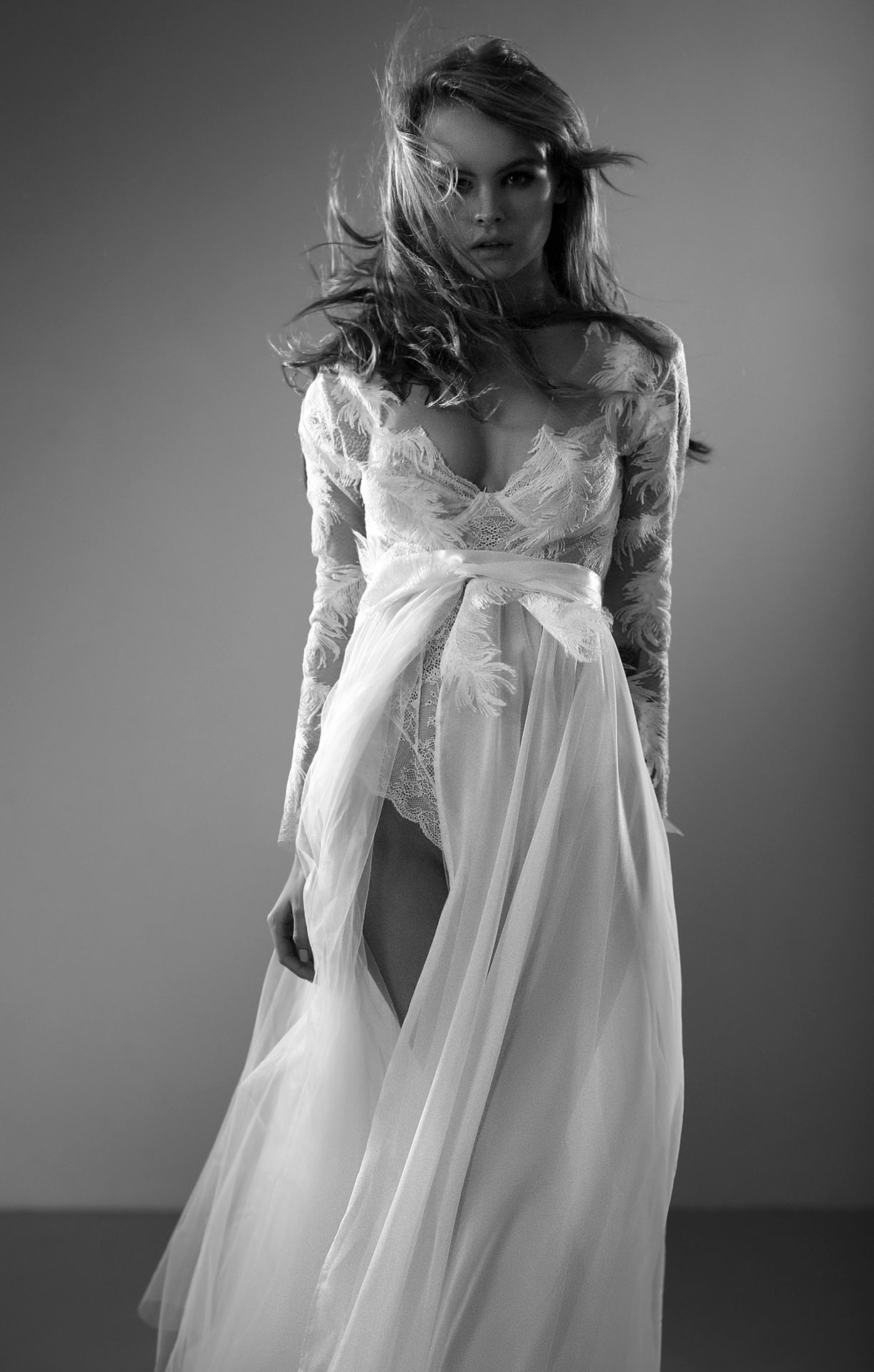 Анастасия Щеглова в нижнем белье для невесты / фото 04